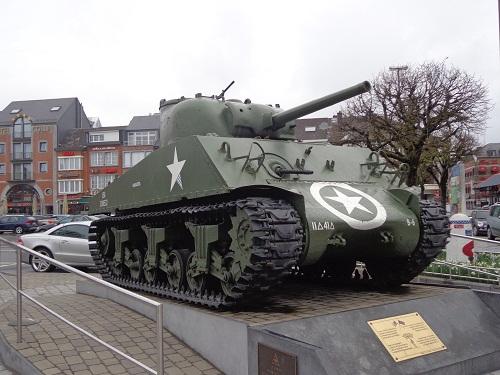 czołg Sherman w Bastionne