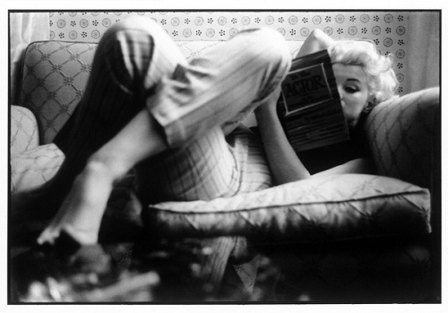 Marilyn Monroe reading by Ed Feingersh, March 1955 To the Actor