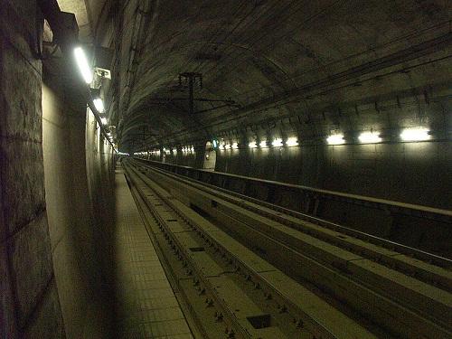 800px-Seikan-tunnel-yoshioka