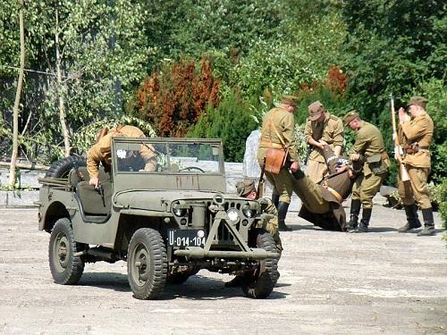 smierc-generala-karola-swierczewskiego-waltera-w-jablonkach-der-tod-des-polnischen-generals-swierczewski-wiederauffuhrung-2012-460334-large