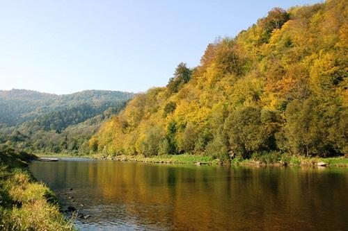 rzeka-poprad-w-okolicach