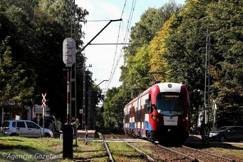 z18818080Q,Okolice-stacji-w-Podkowie-Lesnej--Jesli-kolejarze-